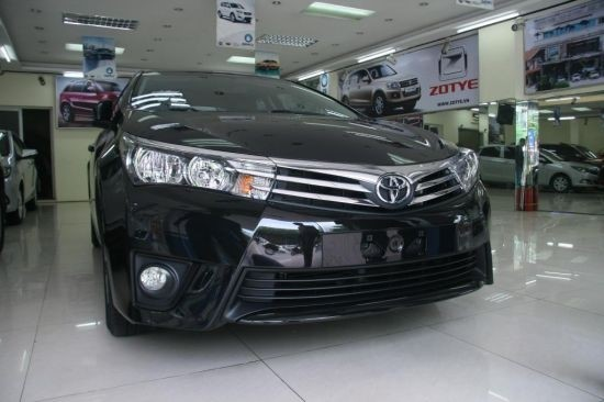 toyota altis 2014 nh p kh u con lai camry xe toyota. Black Bedroom Furniture Sets. Home Design Ideas
