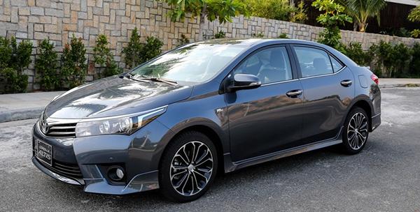 Toyota Altis 1