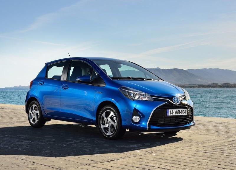 Toyota Yaris 2015  trẻ trung và năng động phần 1