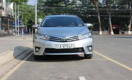Mẫu xe Toyota Corolla Altis 1.8 MT số sàn mới tại Việt Nam