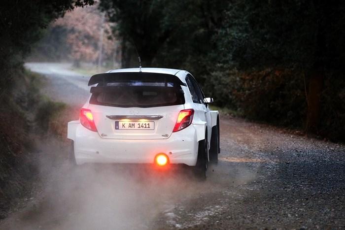 Phiên bản xe đua Toyota Yaris bất ngờ xuất hiện 10