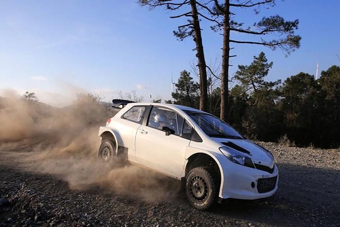 Phiên bản xe đua Toyota Yaris bất ngờ xuất hiện 7