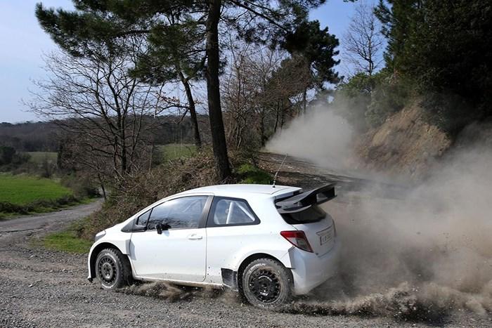 Phiên bản xe đua Toyota Yaris bất ngờ xuất hiện 8