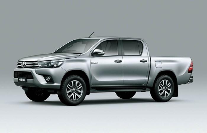 Chi tiết và hình ảnh về Toyota Hilux 2016 1