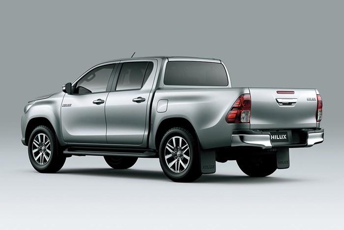 Chi tiết và hình ảnh về Toyota Hilux 2016 2