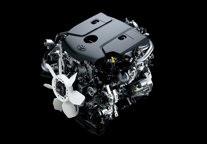 Chi tiết và hình ảnh về Toyota Hilux 2016 9