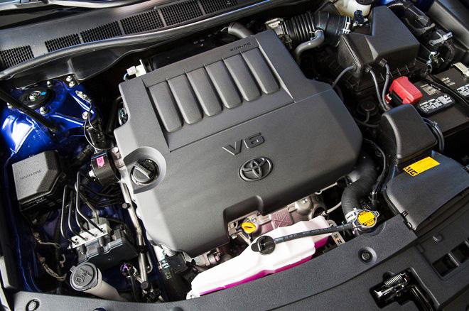 Những chi tiết đáng chú ý trên Toyota Camry 2015 3
