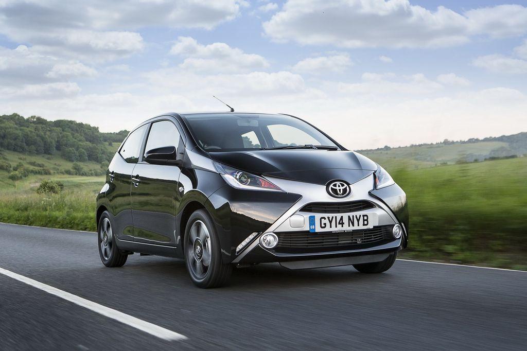 Toyota Aygo và Yaris được trang bị hệ thống an toàn tự động 1