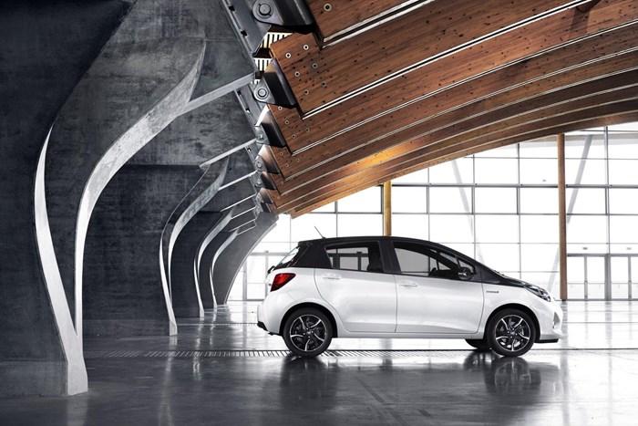 Thông tin đầu tiên về phiên bản mới Toyota Yaris 2016 11