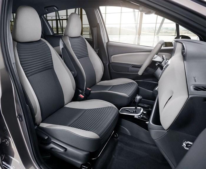 Thông tin đầu tiên về phiên bản mới Toyota Yaris 2016 7
