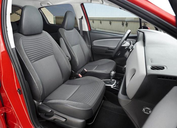 Thông tin đầu tiên về phiên bản mới Toyota Yaris 2016 8