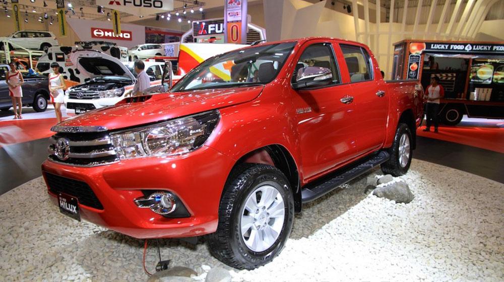 Toyota Hilux 2016 sắp về thị trường Việt Nam 1