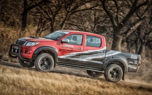 Toyota Hilux động cơ mới ra mắt có giá 72.150 USD 3