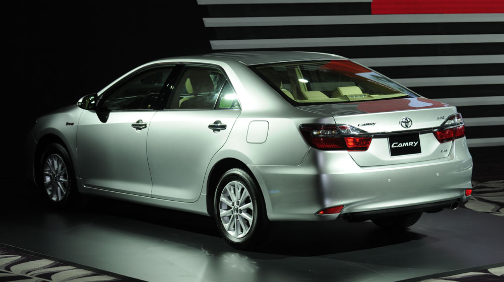 xe-toyota-camr…tuong-thong-so-8