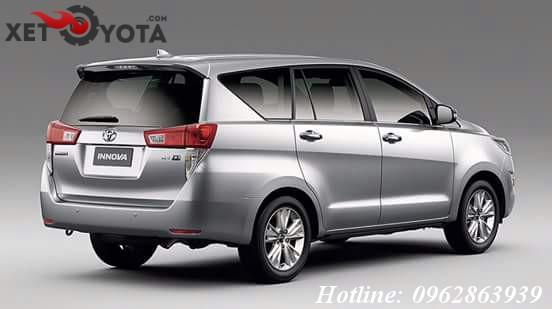 Xe-Toyota-Innova-2016-4