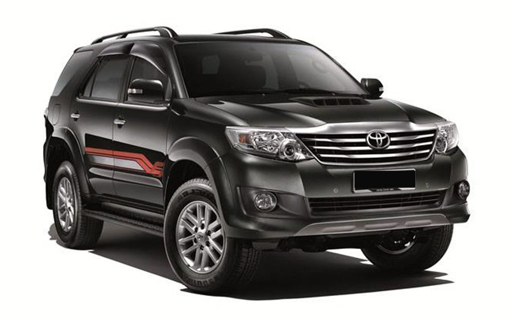 toyota fortuner 2016 s p ra m t g y s ch xe toyota. Black Bedroom Furniture Sets. Home Design Ideas